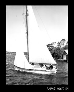 Photo 7 Sailboat