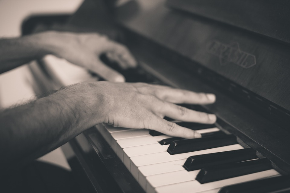 piano-691716_960_720